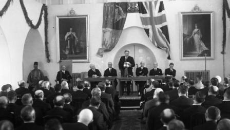 The opening meeting of the Peel Commission, 1936 (NZO\634332)
